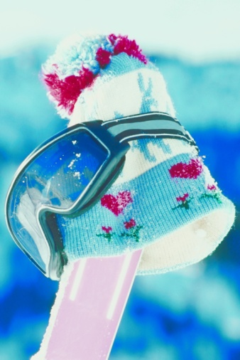 スノーボード「Ski cap and goggles」:スマホ壁紙(17)