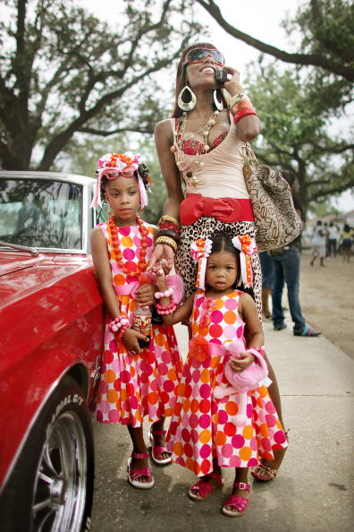 Tradition「Original Big 7 Social and Pleasure Club Holds First Parade Since Hurricane Katrina」:写真・画像(15)[壁紙.com]