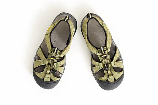 Hiking「Hiking Sandals on White」:スマホ壁紙(5)
