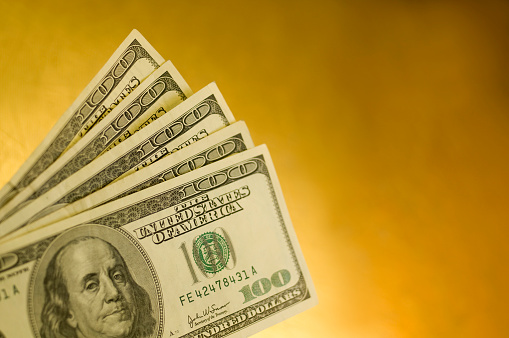 American One Hundred Dollar Bill「Five American one hundred dollar bills isolated on yellow」:スマホ壁紙(17)