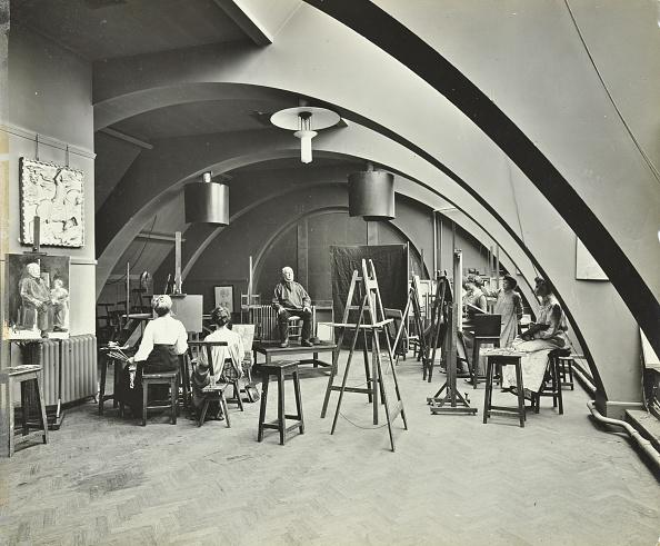 Ceiling「Art Class, Westminster Technical Institute, London, 1910. Artist: Unknown.」:写真・画像(16)[壁紙.com]