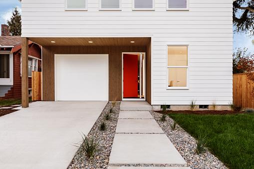 Front Door「Modern Exterior of a new house」:スマホ壁紙(7)