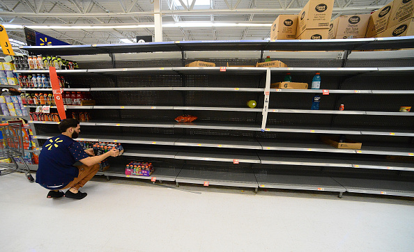 Employee「Florida Prepares For The Arrival Of Hurricane Dorian」:写真・画像(14)[壁紙.com]