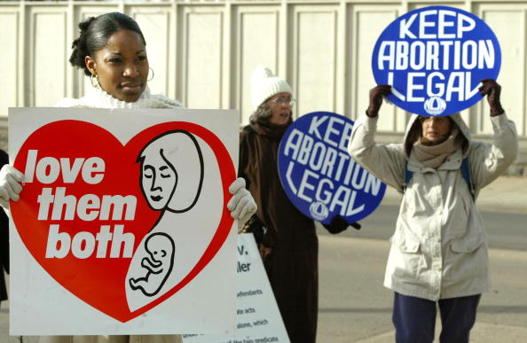 Legal System「Supreme Court Considers Punishing Anti-Abortionists」:写真・画像(5)[壁紙.com]