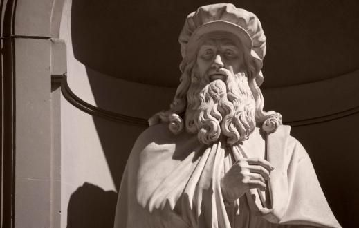 Celebrities「Leonardo Da Vinci statue Uffizi gallery Florence Italy」:スマホ壁紙(16)