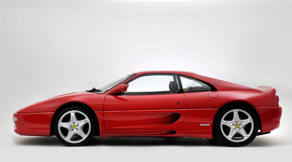 Ferrari「1994 Ferrari F355 Berlinetta」:写真・画像(3)[壁紙.com]