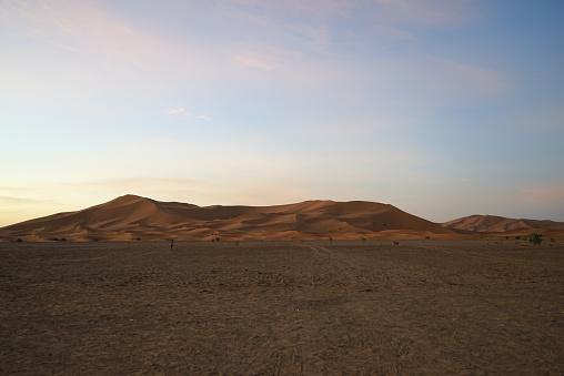 Awbari Sand Sea「The Sahara desert in Africa」:スマホ壁紙(2)