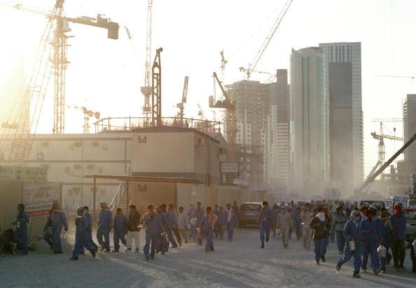 Construction Equipment「Doha Construction Workers」:写真・画像(19)[壁紙.com]