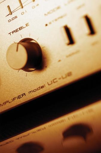 Rock Music「Controls on amplifier, close-up」:スマホ壁紙(1)