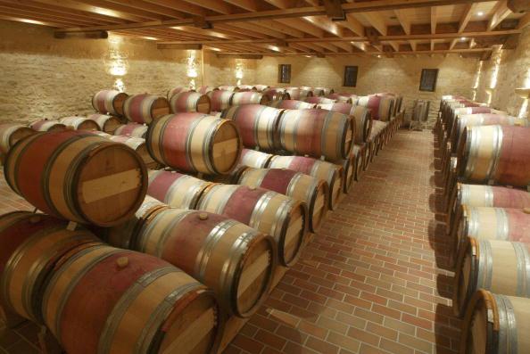 Saint-Emilion「France's Heatwave Prompts Early Grape Harvests.」:写真・画像(16)[壁紙.com]