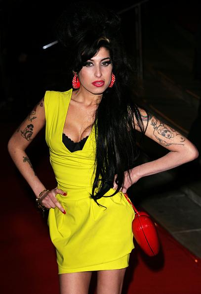 Big Hair「Arrivals At The Brit Awards 2007」:写真・画像(9)[壁紙.com]