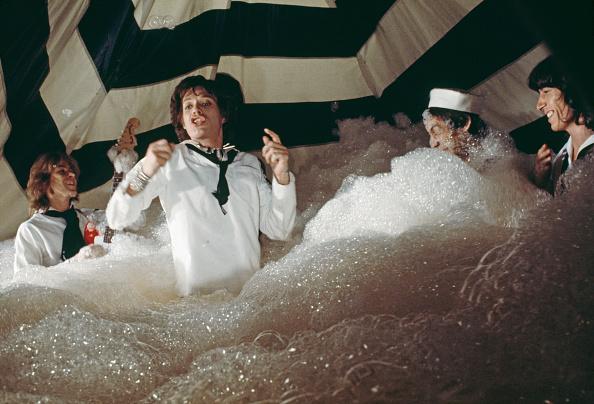 Bubble「But I Like It」:写真・画像(11)[壁紙.com]