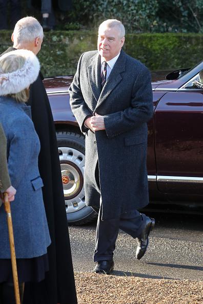 King's Lynn「The Queen Attends Church At Hillington In Sandringham」:写真・画像(9)[壁紙.com]