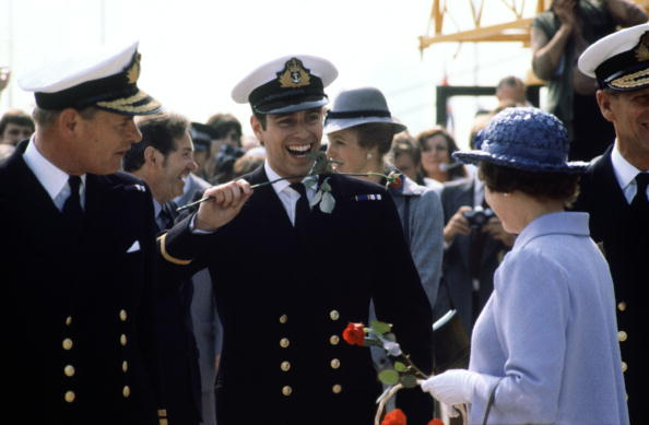 Falkland Islands「Prince Andrew returns from the Falklands War」:写真・画像(2)[壁紙.com]