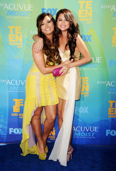 Selena Gomez「2011 Teen Choice Awards - Arrivals」:写真・画像(17)[壁紙.com]