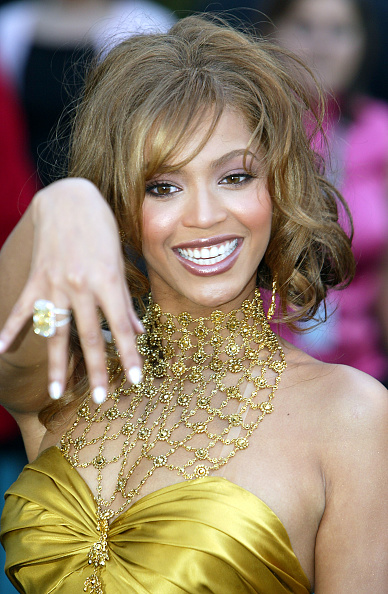Mesh - Textile「46th Annual Grammy Awards - Arrivals」:写真・画像(2)[壁紙.com]