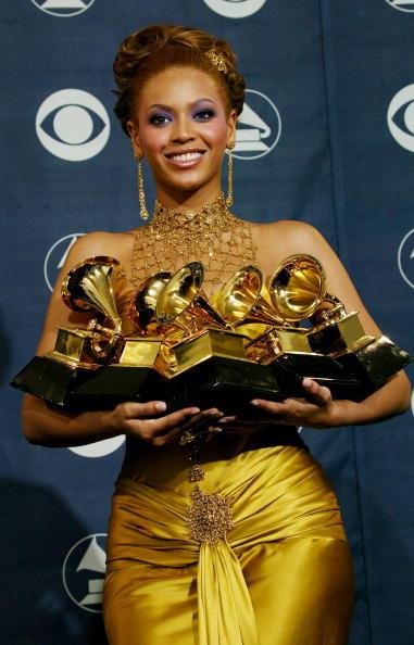 グラミー賞「46th Annual Grammy Awards - Pressroom」:写真・画像(6)[壁紙.com]