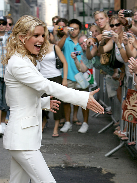 """Curly Hair「Jessica Simpson Appears At """"The Late Show"""" With David Letterman」:写真・画像(6)[壁紙.com]"""