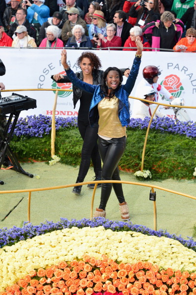 Sequin Jacket「124th Rose Parade Presented By Honda」:写真・画像(4)[壁紙.com]