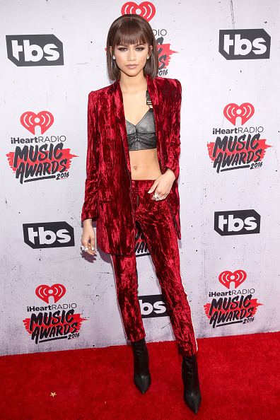 Zendaya Coleman「iHeartRadio Music Awards - Arrivals」:写真・画像(7)[壁紙.com]