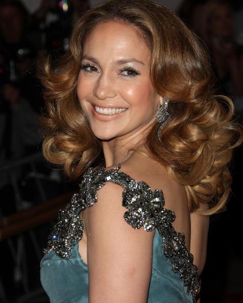 Curly Hair「The Metropolitan Museum Of Art Costume Institute Annual Gala - Arrivals」:写真・画像(19)[壁紙.com]