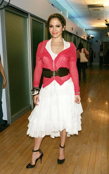 Wide Belt「MTV TRL With Jennifer Lopez And Hayden Christensen」:写真・画像(1)[壁紙.com]