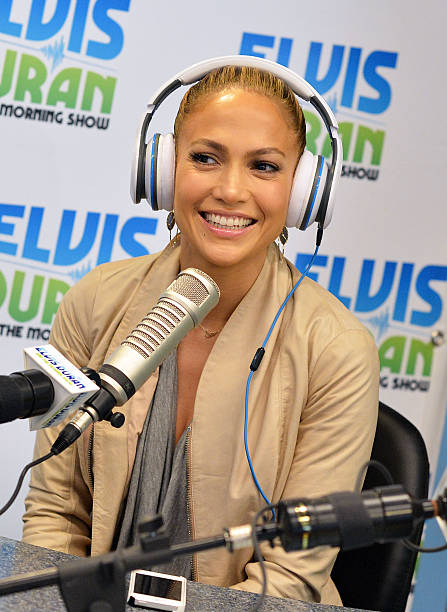 "Jennifer Lopez Visits ""The Elvis Duran Z100 Morning Show"":ニュース(壁紙.com)"
