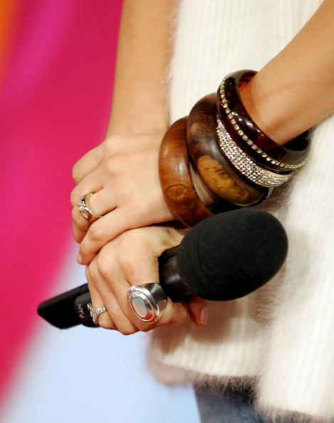 Evan Agostini「MTV TRL With Jennifer Lopez」:写真・画像(9)[壁紙.com]