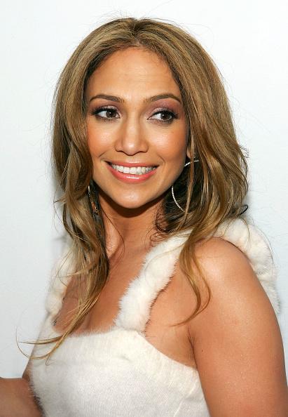 Evan Agostini「MTV TRL With Jennifer Lopez」:写真・画像(13)[壁紙.com]
