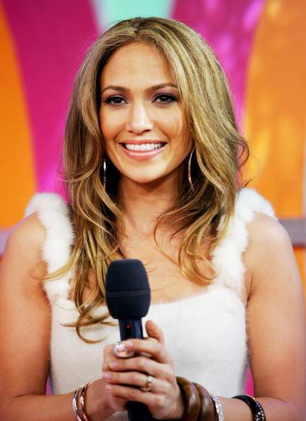 Evan Agostini「MTV TRL With Jennifer Lopez」:写真・画像(6)[壁紙.com]