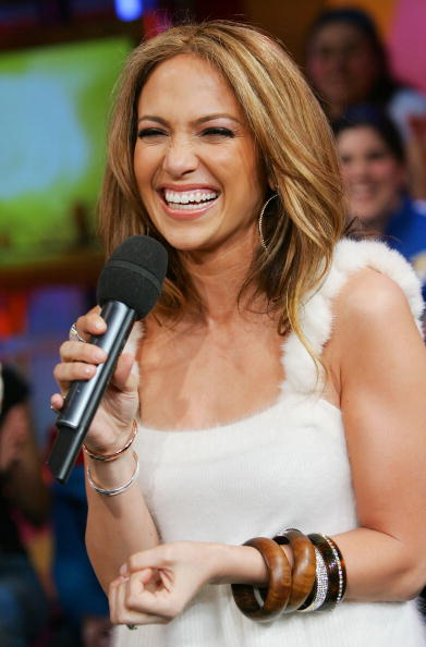 Evan Agostini「MTV TRL With Jennifer Lopez」:写真・画像(11)[壁紙.com]
