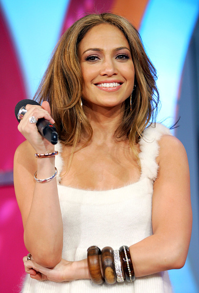 Evan Agostini「MTV TRL With Jennifer Lopez」:写真・画像(12)[壁紙.com]