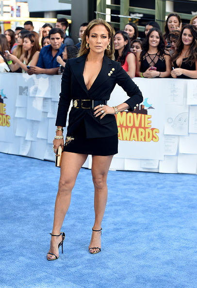 Versace Versus「The 2015 MTV Movie Awards - Arrivals」:写真・画像(19)[壁紙.com]