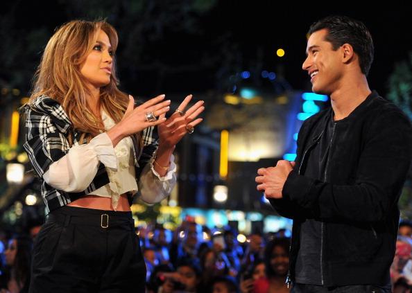 Mario Lopez「Jennifer Lopez Visits Extra」:写真・画像(2)[壁紙.com]
