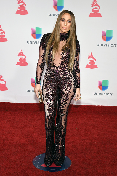 全身「The 17th Annual Latin Grammy Awards - Arrivals」:写真・画像(16)[壁紙.com]