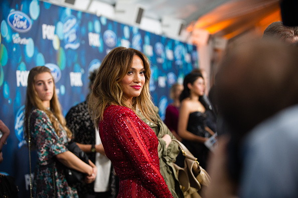 Jennifer Lopez「Meet Fox's 'American Idol XV' Finalists - Arrivals」:写真・画像(14)[壁紙.com]