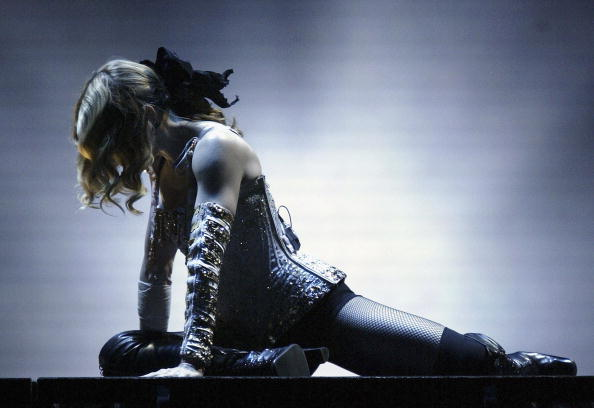 Singer「Anaheim: Madonna Re-Invention Tour」:写真・画像(10)[壁紙.com]