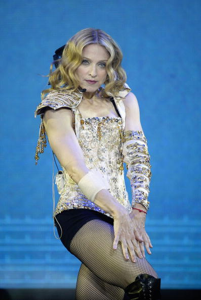 コンサート「Madonna Returns For Night Two Of Her 'Reinvention' Tour」:写真・画像(7)[壁紙.com]