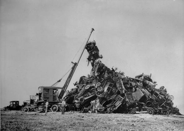 Damaged「Motorcar Pile Up」:写真・画像(6)[壁紙.com]