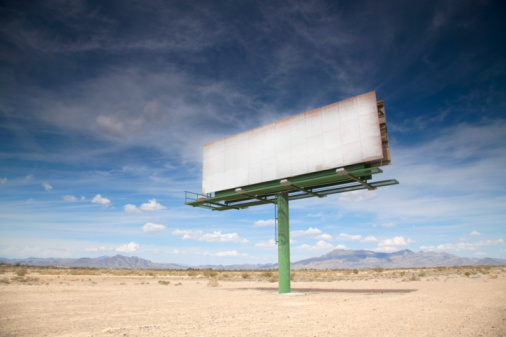California「Blank billboard in desert」:スマホ壁紙(5)