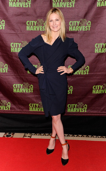 """V-Neck「Cynthia Nixon To Host City Harvest's 17th Annual """"An Evening of Practical Magic"""" - Arrivals」:写真・画像(17)[壁紙.com]"""