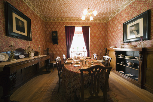 19th Century「Victorian Dining Room」:スマホ壁紙(14)
