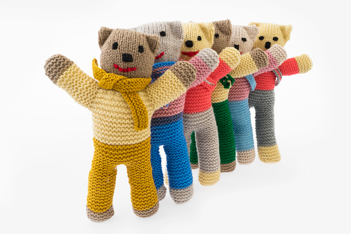 Knitted「Group of happy hand knitted teddy bears」:スマホ壁紙(18)