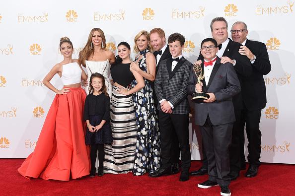 Modern Family - Television Show「66th Annual Primetime Emmy Awards - Press Room」:写真・画像(7)[壁紙.com]