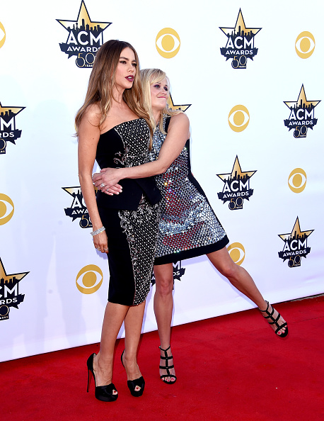 T 「50th Academy Of Country Music Awards - Arrivals」:写真・画像(2)[壁紙.com]