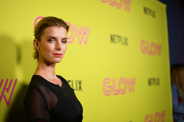 """Betty Gilpin「Netflix's """"Glow"""" Celebrates Its 10 Emmy Nominations With Roller-Skating Event」:写真・画像(1)[壁紙.com]"""