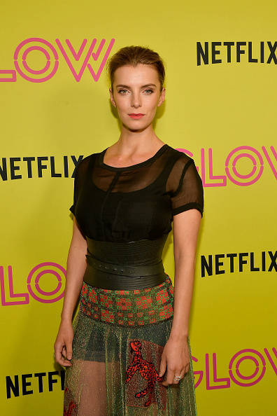 """Betty Gilpin「Netflix's """"Glow"""" Celebrates Its 10 Emmy Nominations With Roller-Skating Event」:写真・画像(16)[壁紙.com]"""