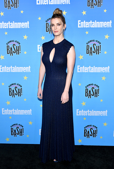 Betty Gilpin「Entertainment Weekly Hosts Its Annual Comic-Con Bash At FLOAT At The Hard Rock Hotel In San Diego In Celebration Of Comic-Con 2019 - Arrivals」:写真・画像(5)[壁紙.com]
