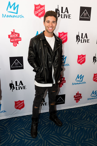 "Christopher Polk「The Salvation Army ""Rock The Red Kettle"" Concert At Microsoft Theater Presented By Mammoth Mountain」:写真・画像(7)[壁紙.com]"
