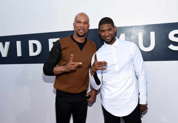 Usher - Singer「2014 MTV Video Music Awards - Red Carpet」:写真・画像(19)[壁紙.com]
